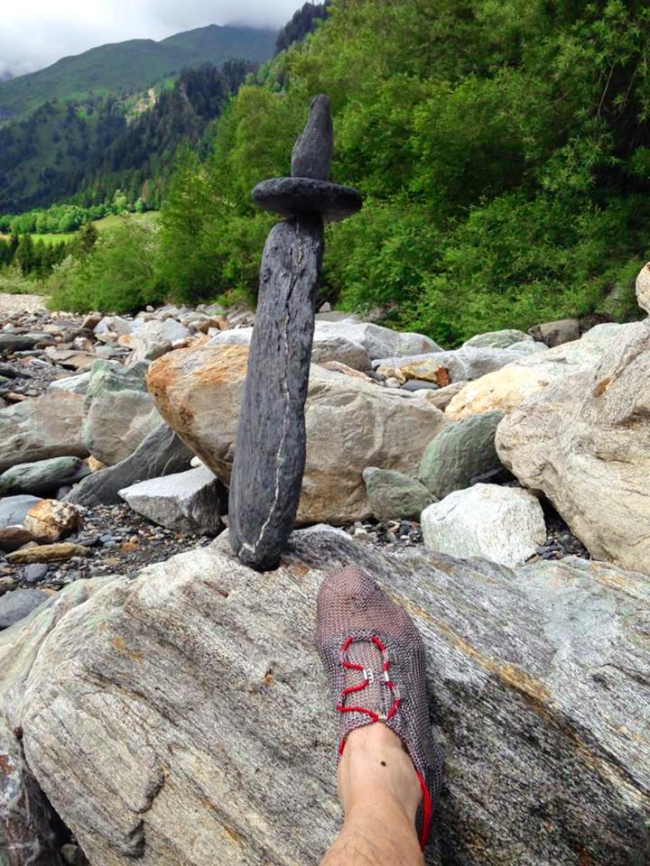 """Hannes in der Schweiz bei der """"Arbeit"""" mit ANTERRA im Gebirgsbach!"""