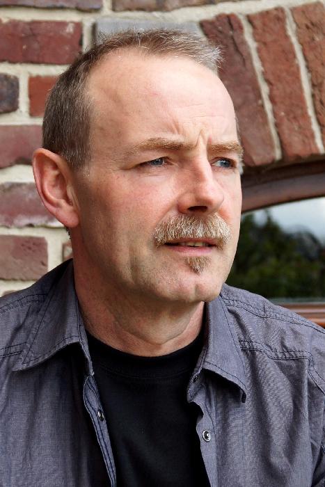 Jörg Peitzker (CEO GoSt-Barefoots Ltd.)